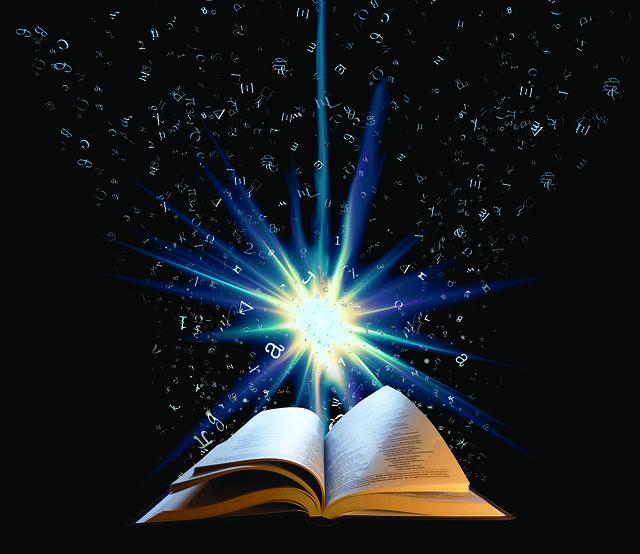 本の知識が光に照らされている