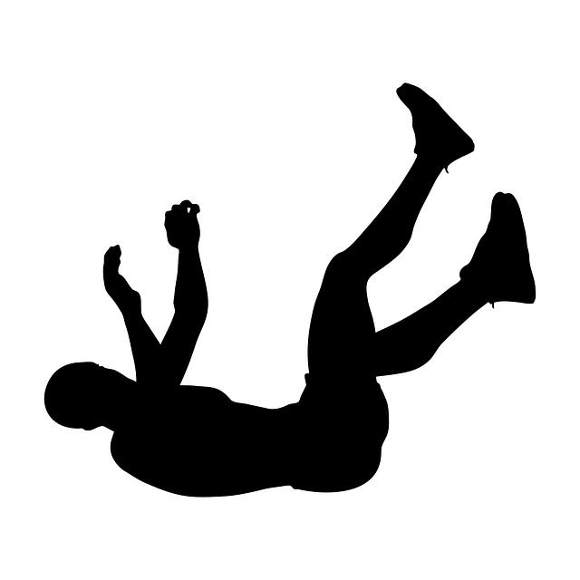 転倒している人物画