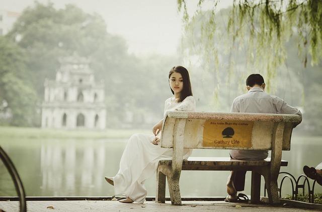 恋愛・結婚を占った時のペンタクルの5の正位置のもつ意味