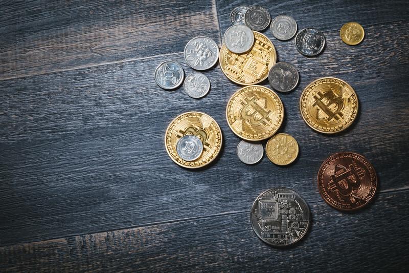 並べられたコイン
