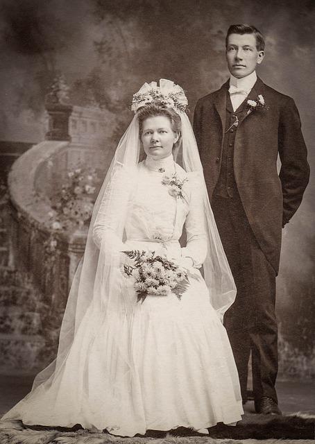古い婚礼写真