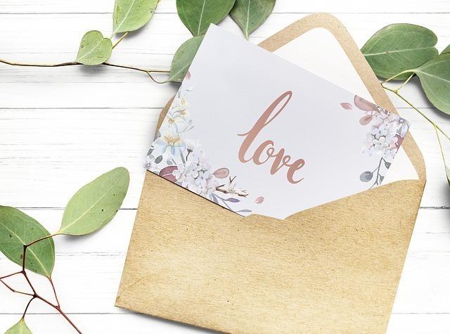 かわいい封筒と便箋の画像