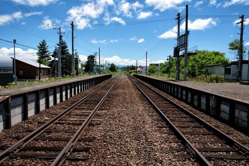 暑い夏の線路