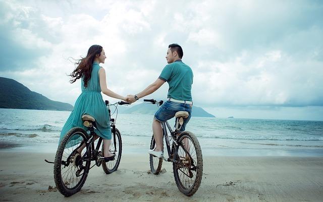 自転車に乗る恋人たち