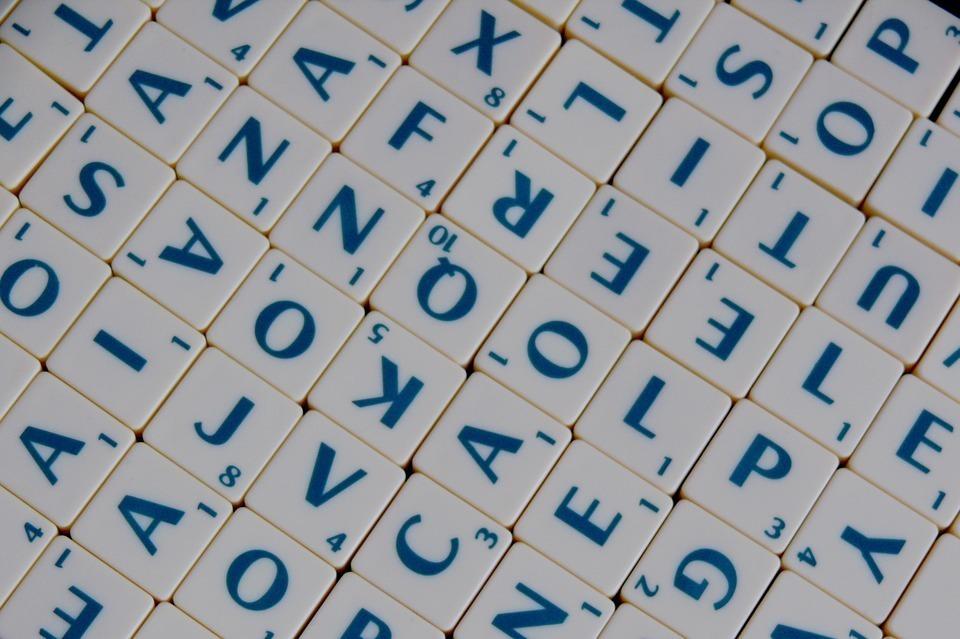 アルファベットのタイル