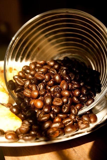 炒ったコーヒー豆