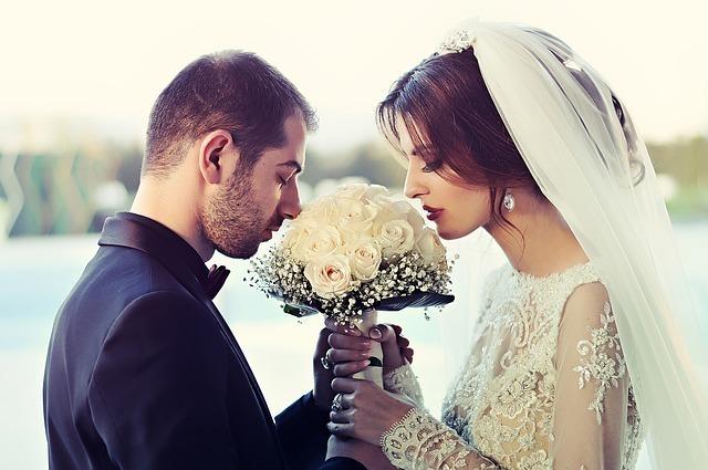恋愛と結婚は別と考える