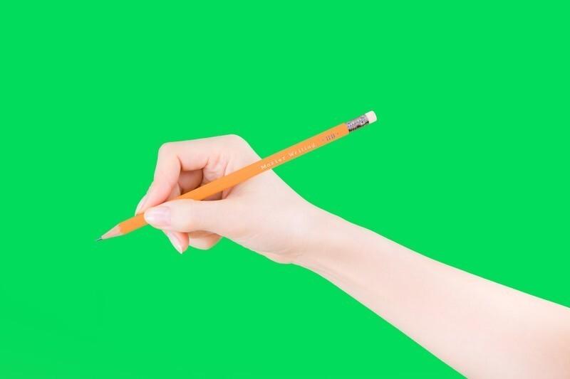 鉛筆の芯の硬さや濃さは何を見れば良いの?