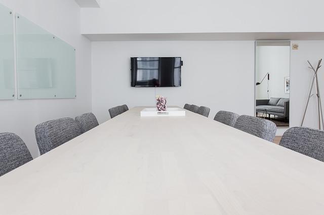 会議室の上座と下座の位置関係