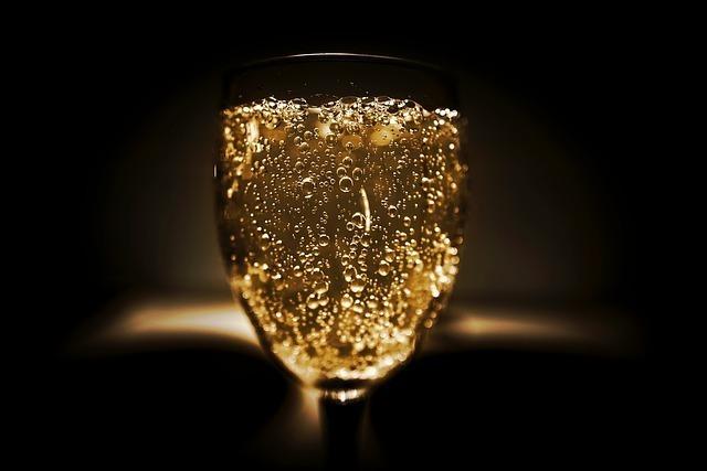 紹興酒の味を楽しむ飲み方(3):ソーダ割り