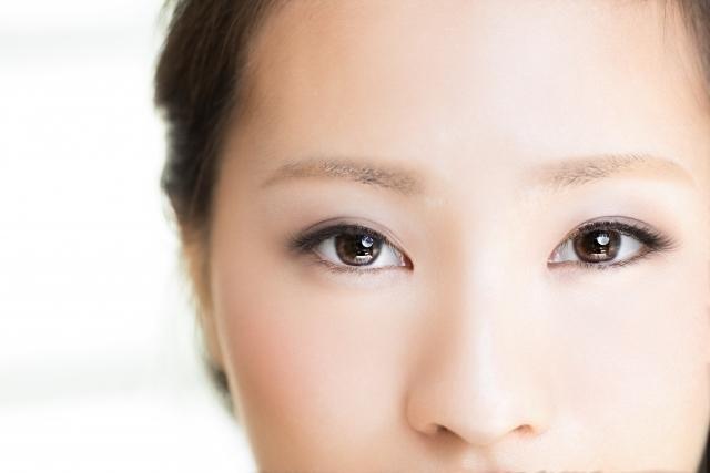 目の色を変える方法はあるの?