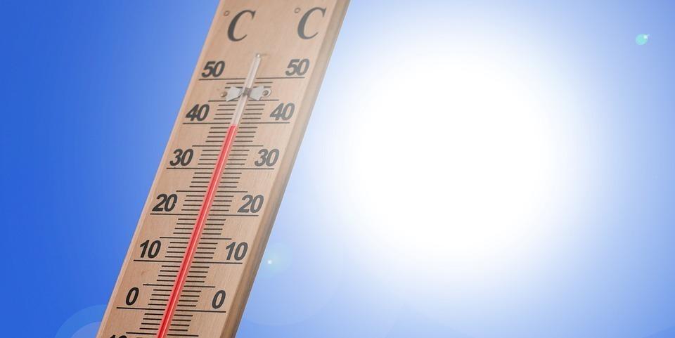 夏場で室内の温度が高い