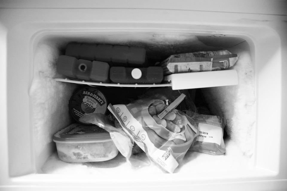 冷蔵庫の横が熱い時の対処法
