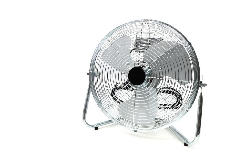 室内の温度を下げる