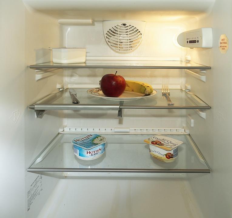 冷蔵庫の中のスペースを確保する