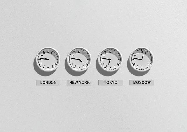 世界各地の時間を示す時計