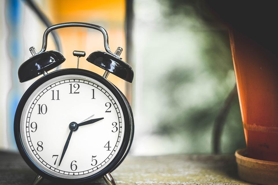 年賀状をギリギリに投函する場合は「集荷時間」に注意!