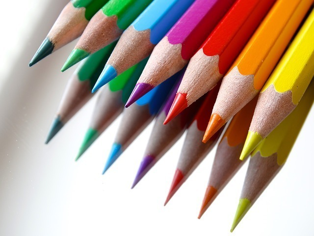 虹色の数と色の一例