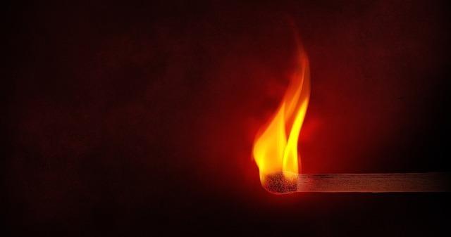 火の気のないところで使用する