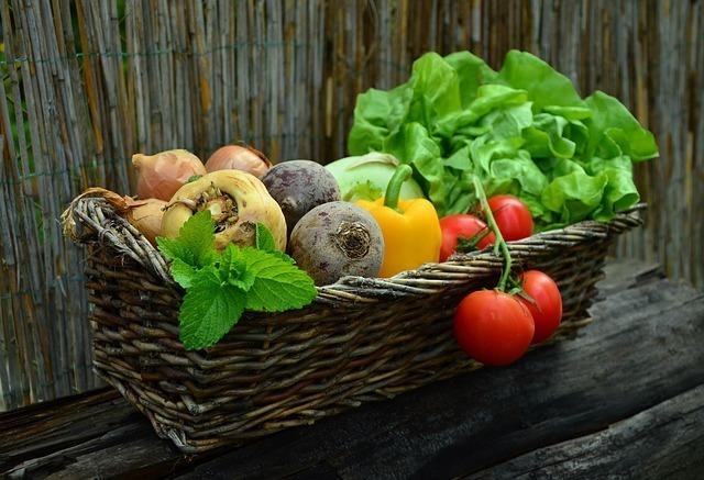 農薬を使用している食べ物は避ける