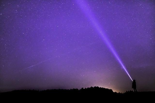 紫のオーブの意味