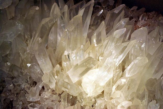 色以外の水晶の分類