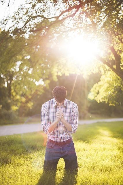 アセンデッドマスターとのつながりにより豊かさがもたらされます。祈りをかかさないでください。