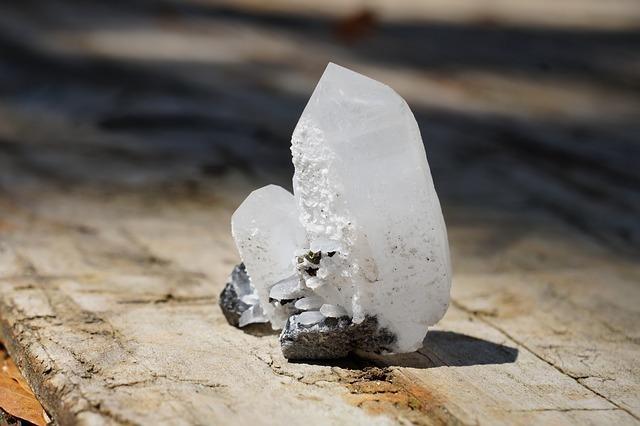 内分泌以外の水晶の分類方法