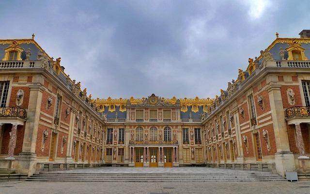 宮殿の外観