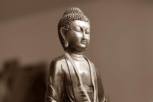 日本やインドの神には二形が多い