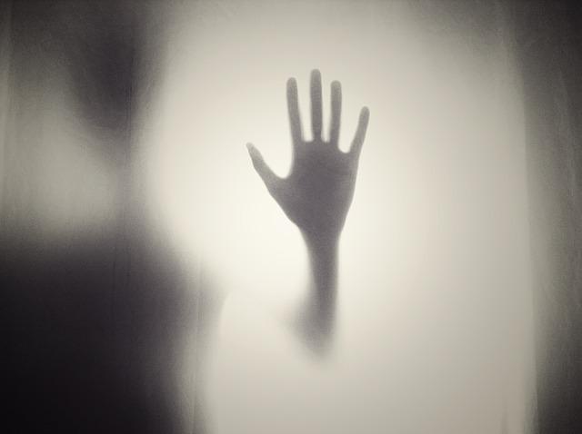 生き霊が憑いた時の対処法7つ