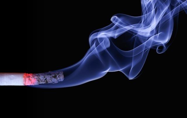 タバコのにおい