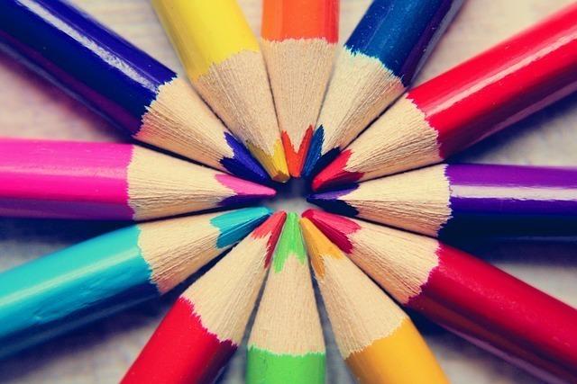 カラーセラピーの色別の意味