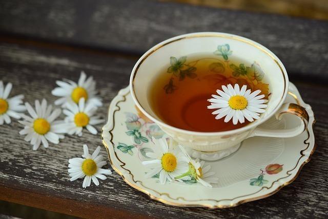 紅茶と花弁