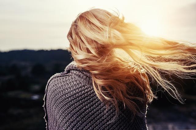 【夢占い】髪の切る長さによる意味