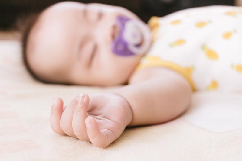 赤ちゃんをおんぶする夢