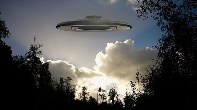 UFOを見る夢