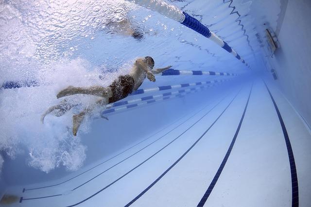 プールの夢の基本的な意味と心理は?