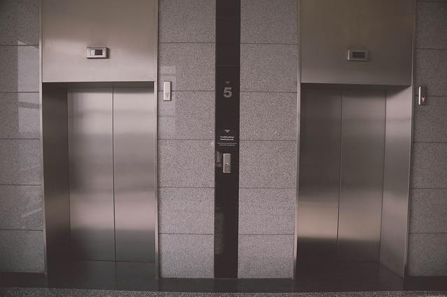 エレベーターの夢の基本的な意味を診断