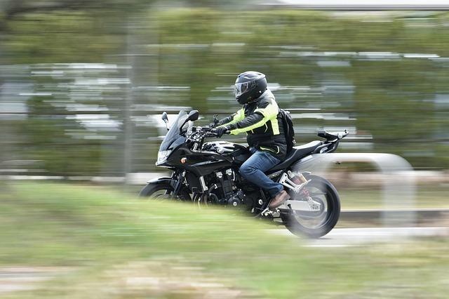 バイクで事故に遭う夢