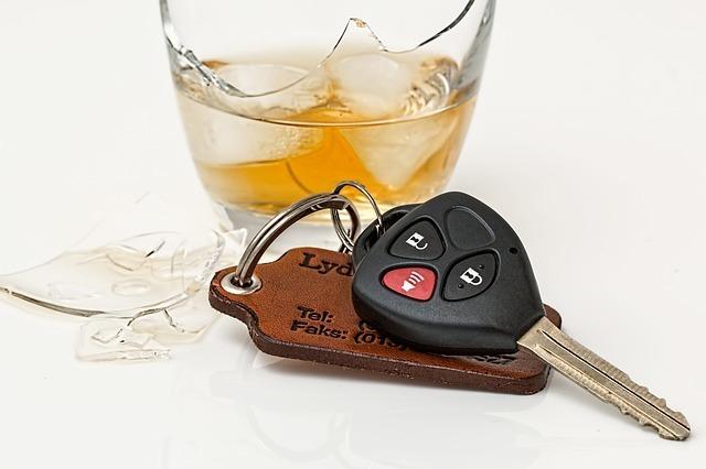 お酒を飲んで運転