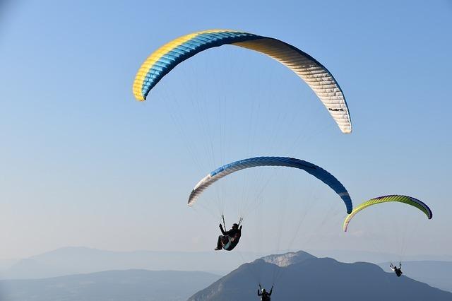 空を飛ぶ夢の基本的な意味や心理は?
