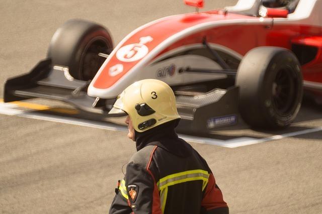 ピーキーな乗り物F1カー
